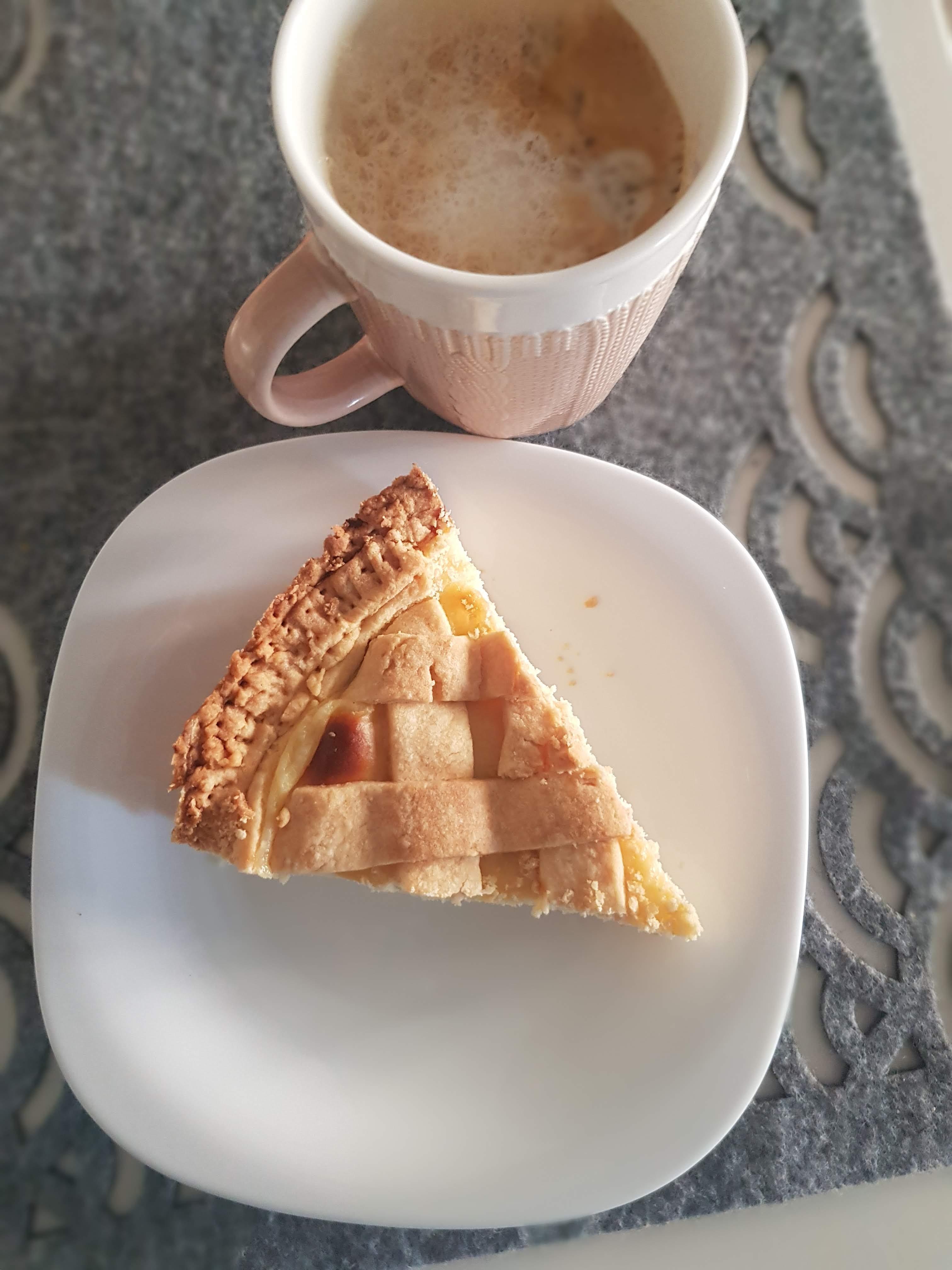 crostata con crema pasticcera